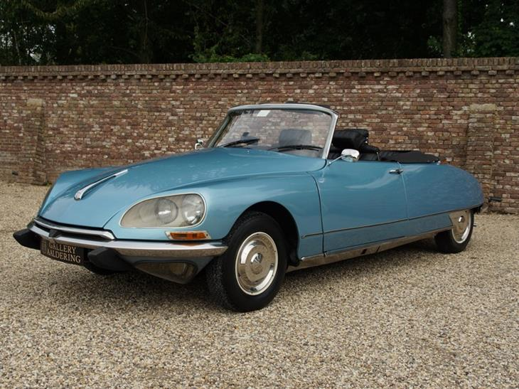 Citroen DS21 Convertible Chapron 5-speed manual - €97,500